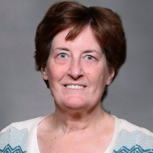 Lynne Lukach